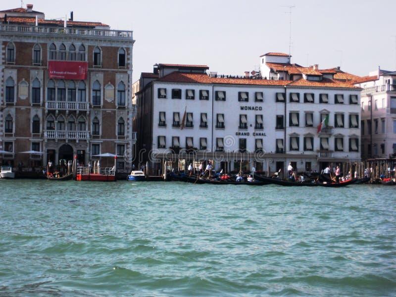 Download Vue de Venise photo stock éditorial. Image du cruise - 45357478
