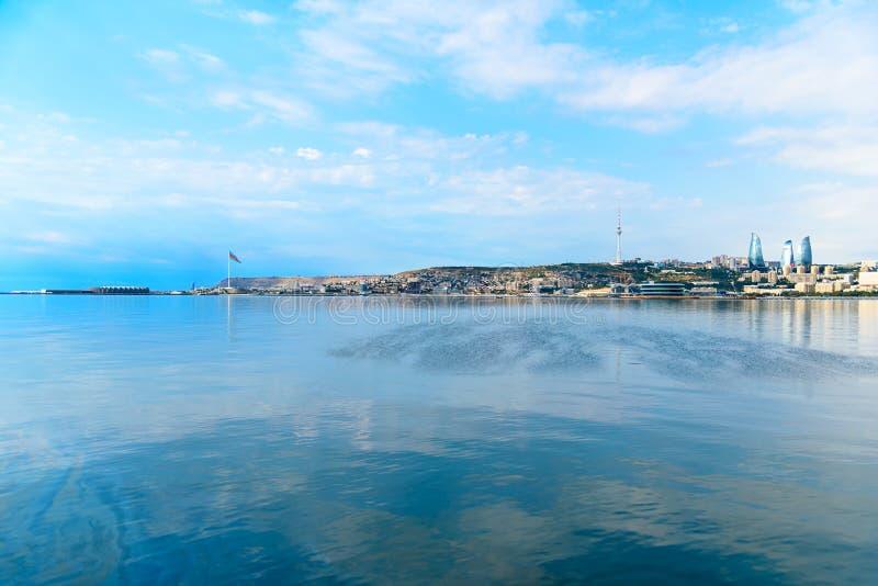 Download Vue de ville de Bakou image stock. Image du capital, littoral - 87708451