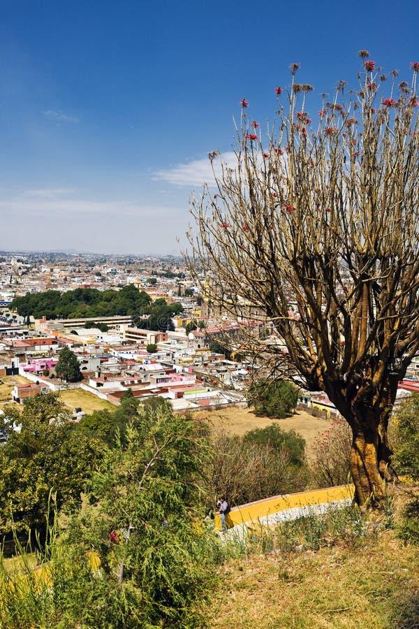 Vue de ville de Cholula, Mexique photo stock