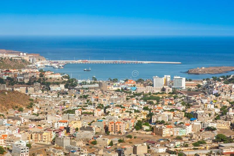 Vue de ville de Praia à Santiago - capitale des îles de Cap Vert - images libres de droits