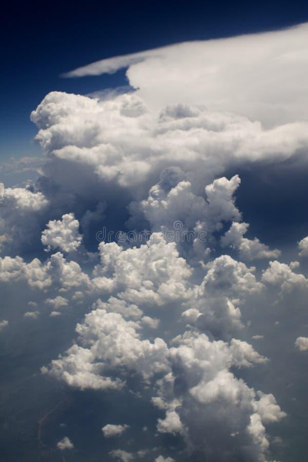 vue de vol de 126 nuages image libre de droits