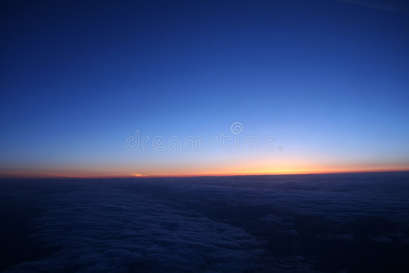 vue de vol de 70 nuages photos stock