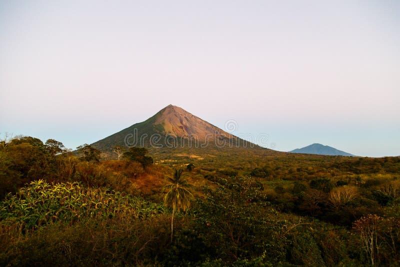 Vue de volcan d'Ometepe image stock