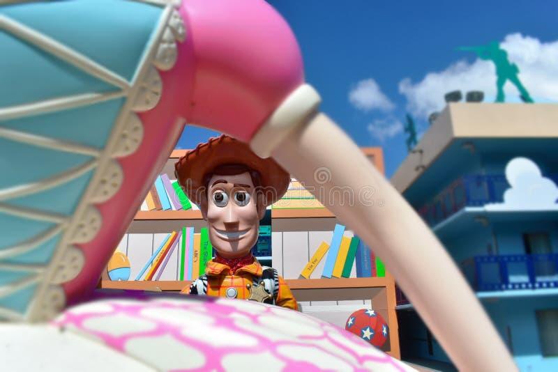 Vue de Woody, par les bras du piaulement de la BO Hôtels modérés à Orlando, la Floride image stock
