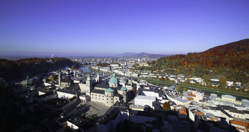 Vue de Zalzburg de matin du château photographie stock libre de droits