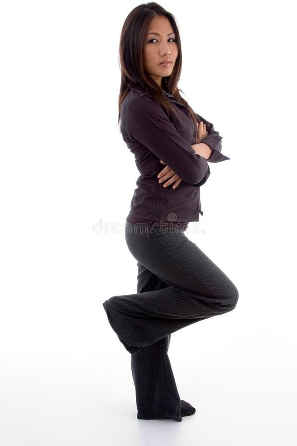 vue debout latérale femelle photos libres de droits