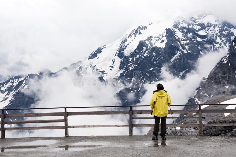 Vue des montagnes images stock
