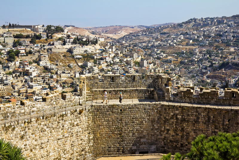 Vue des murs de Jérusalem antique photos stock