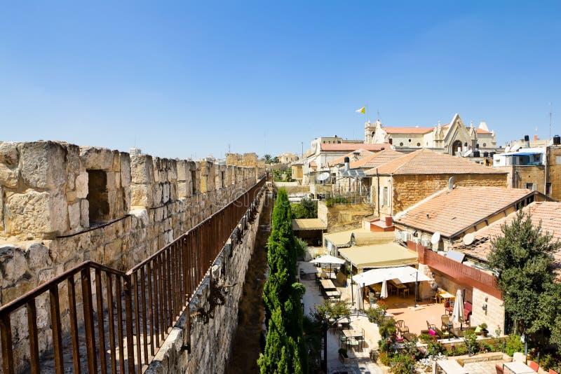 Vue des murs de Jérusalem antique images stock