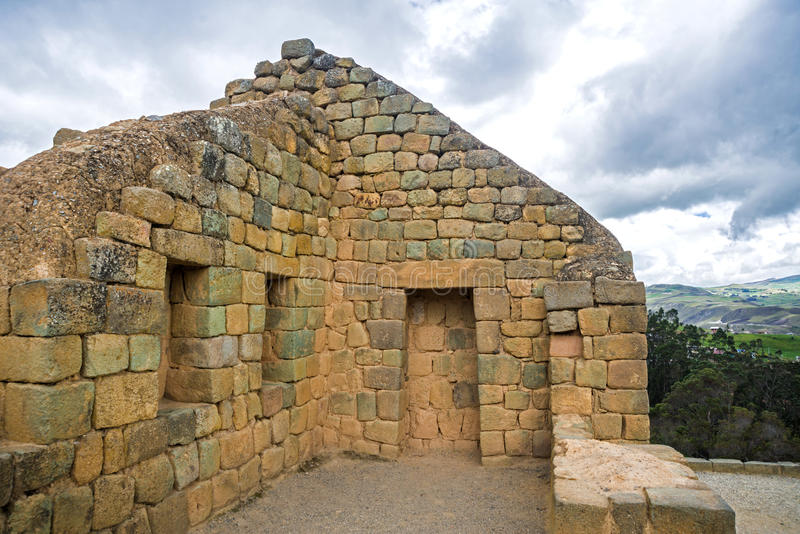 Vue des ruines d'Inca d'Ingapirca photographie stock