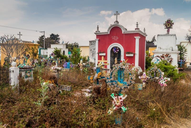Vue des tombes sur le cemeter images stock