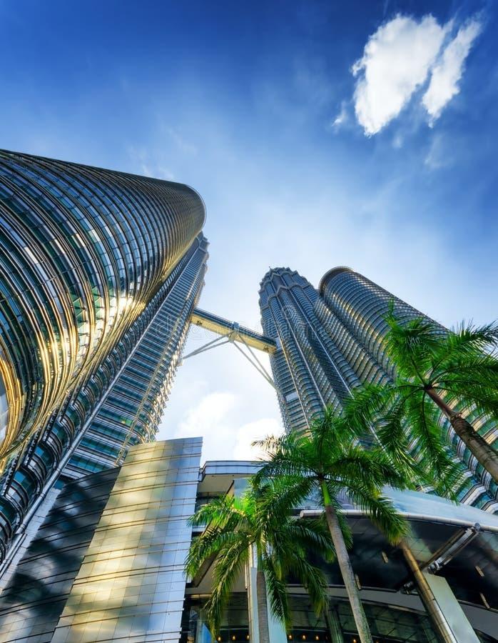 Vue des Tours jumelles de Petronas en Kuala Lumpur image stock