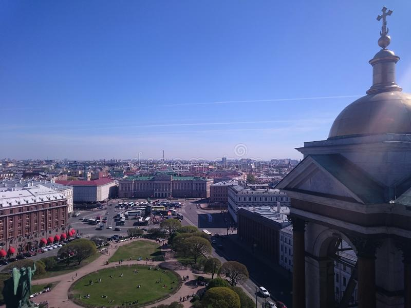Vue dessus de ville de St Petersburg de la colonnade de St Isaac& x27 ; s Russie image stock
