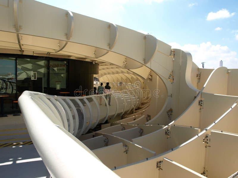 Vue du bâtiment moderne à Ségovie images libres de droits