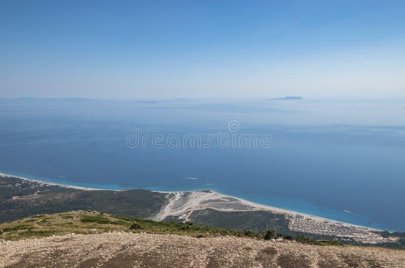 Vue du bord de mer ionien, Albanie images libres de droits