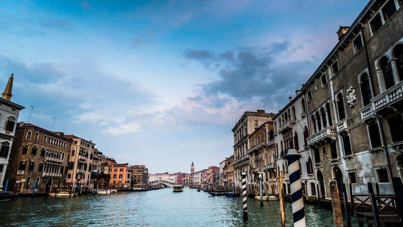Vue du canal grand à Venise Italie photographie stock