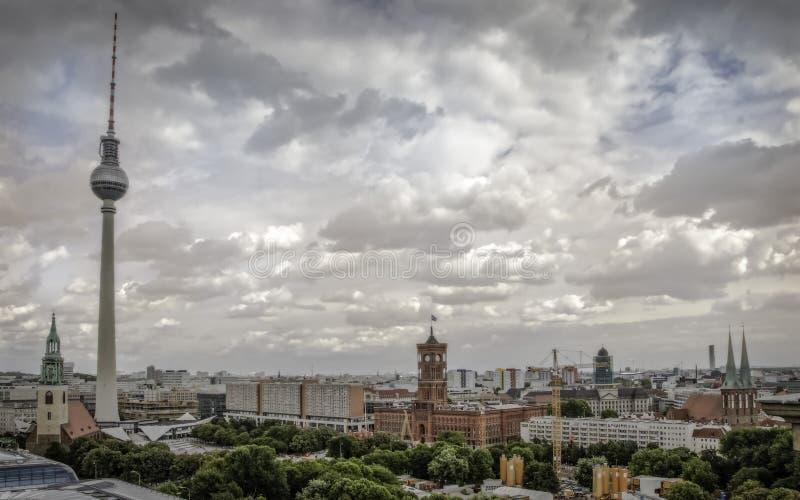 Vue du centre de Berlin du haut de la cathédrale principale image libre de droits