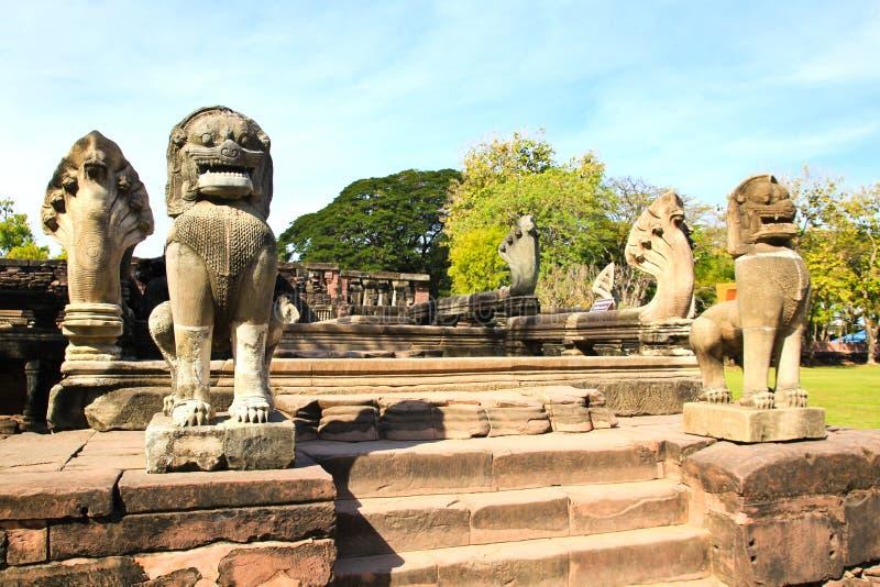 Vue du château historique de Prasat Hin Phimai photo stock