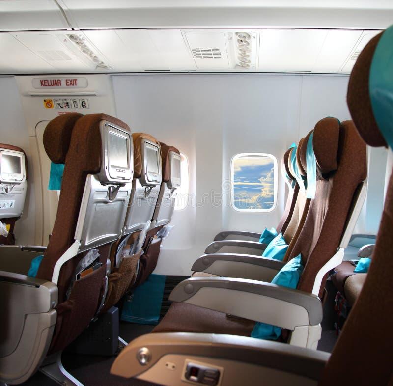 Download Vue Du Ciel Et Des Nuages Avec La Lumière Du Soleil Du Windo D'avion Photo stock - Image du siège, hublot: 45356898