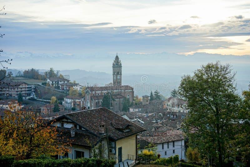 Vue du ` de Monforte d alba, Italie images libres de droits