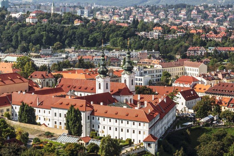 Vue du haut de Prague et du monastère de Strahov images libres de droits