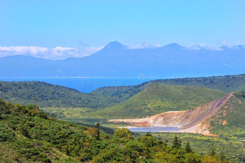 Vue du Japon du volcan Golovin image libre de droits