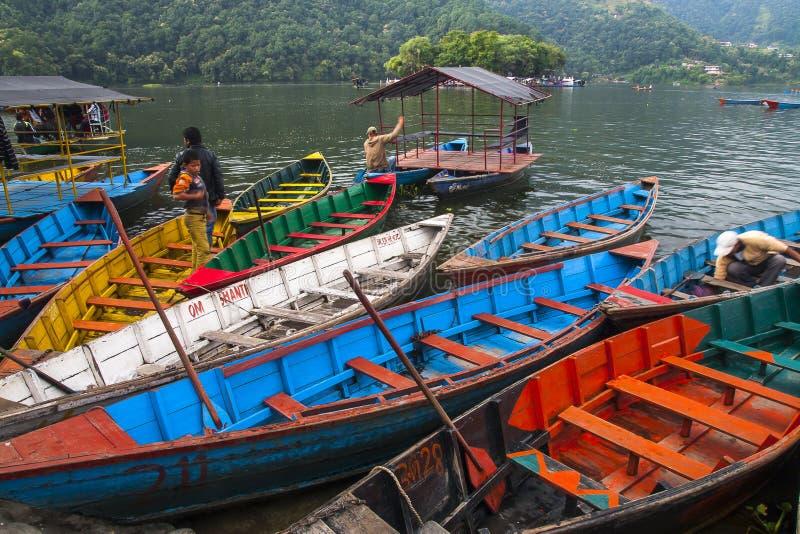 Vue du lac dans Pokhara photo libre de droits