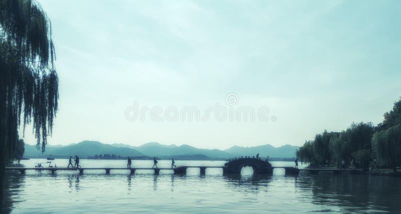 Vue du lac occidental à Hangzhou, Chine photos stock