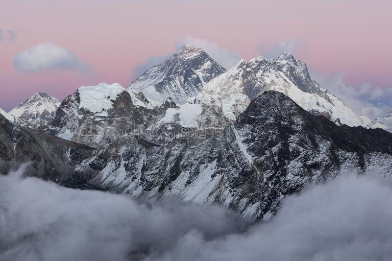 Vue du mont Everest de Gokyo Ri images stock
