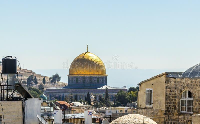 Vue du mur de ville près de la porte de Damas sur l'Esplanade des mosquées dans la vieille ville de Jérusalem, Israël images stock