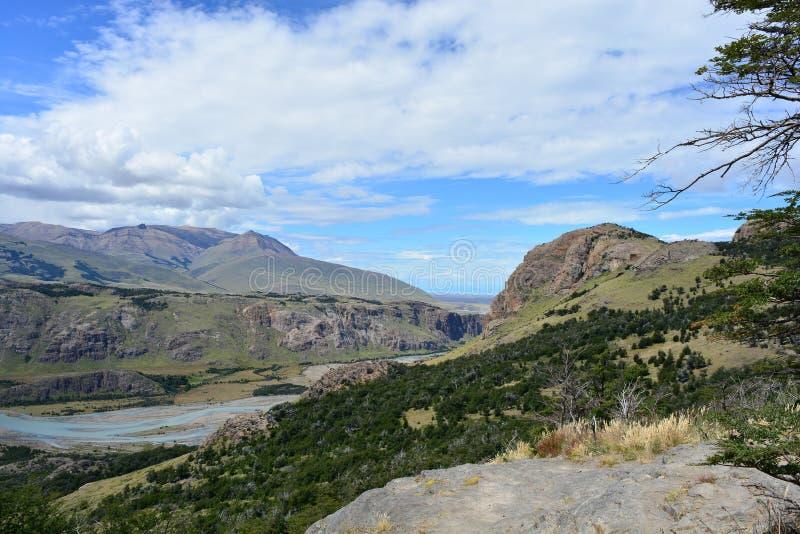 Download Vue Du Parc National De Visibilité Directe Glaciares, EL Chaltén, Argentine Image stock - Image du trekking, ville: 87704607