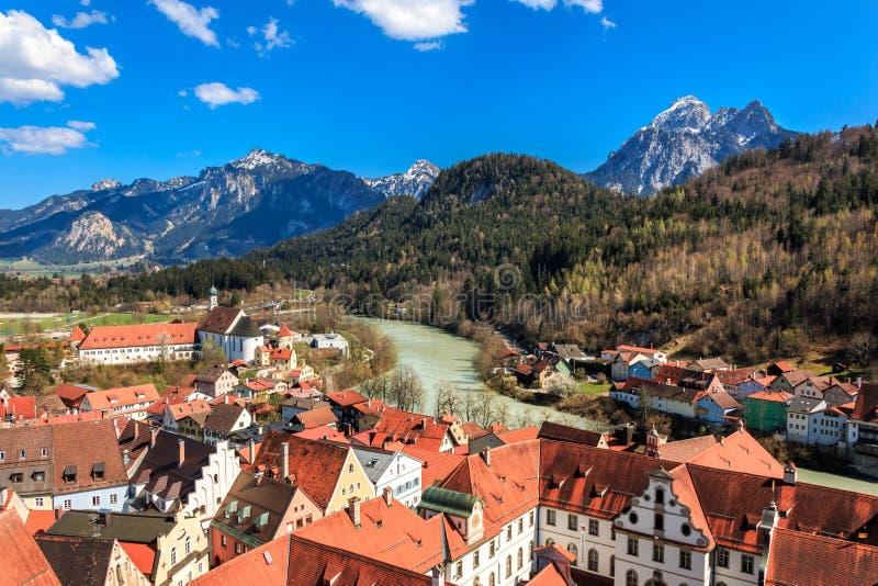 Vue du paysage de montagne à Füssen Allgäu Bavaria Allemagne photographie stock libre de droits