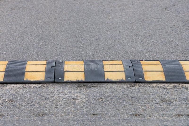 Vue du plan rapproché de bosse de vitesse photos libres de droits