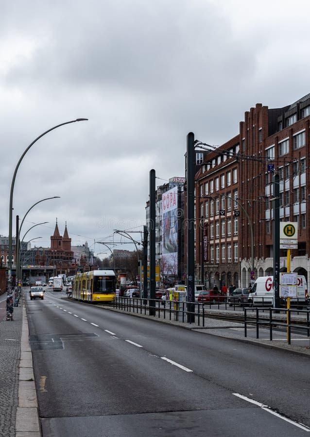 Vue du pont d'Oberbaunum du pont de Varsovie image libre de droits