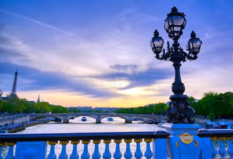 Vue du pont de Pont Alexandre III à Paris, France image libre de droits