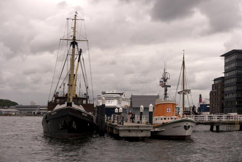 Vue du port de Kiel en Allemagne photo stock