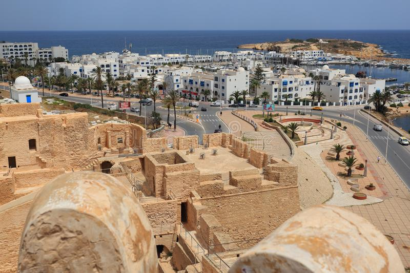 Vue du port de Monastir et de la mer Méditerranée images stock
