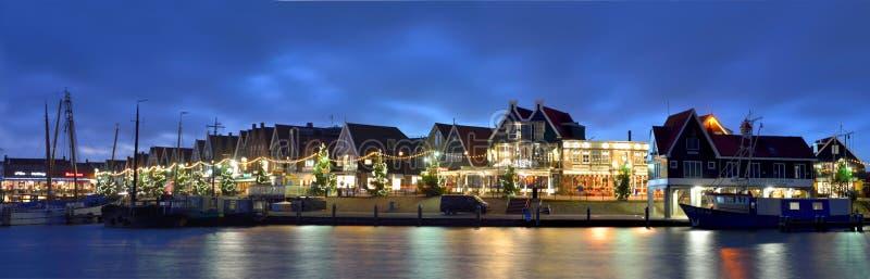 Vue du port et de la promenade de Volendam, Pays-Bas photographie stock