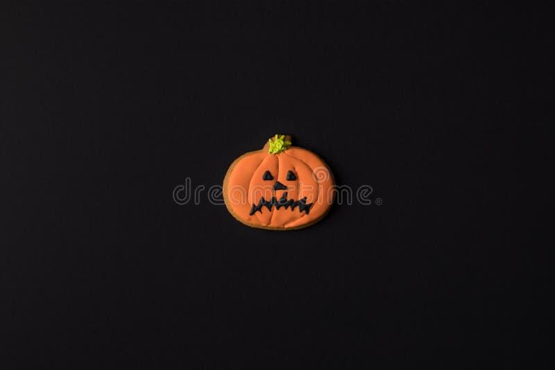 vue en gros plan de biscuit fantasmagorique de potiron de Halloween image libre de droits