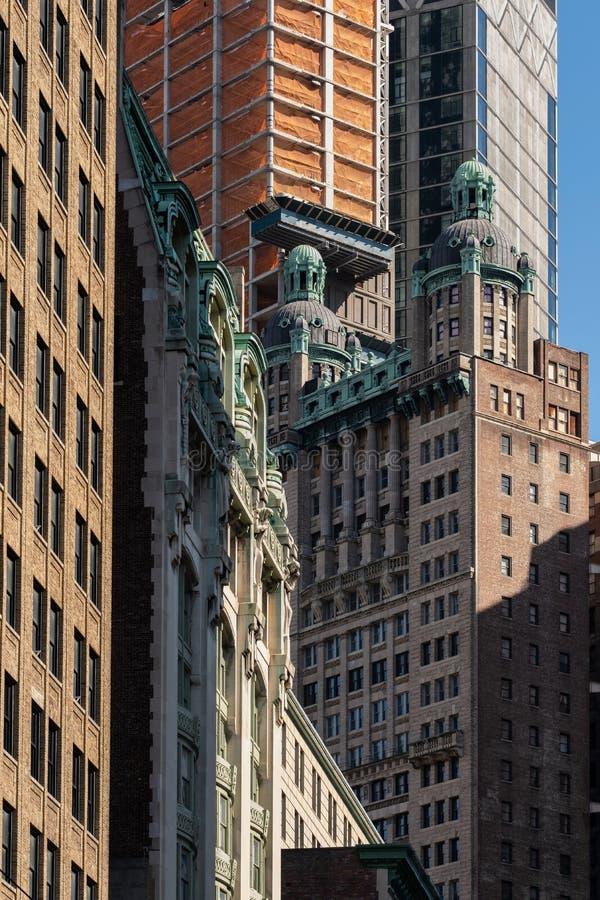 Vue en gros plan des gratte-ciel dans le Lower Manhattan financier New York City de secteur images stock