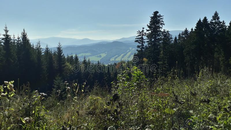 Vue en montagnes photos stock