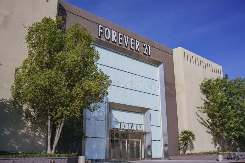 Vue extérieure du Forever célèbre 21 photos libres de droits