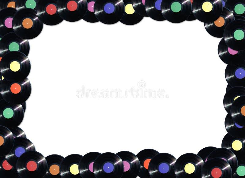 Vue faite à partir des disques vinyle dans différentes couleurs de label photographie stock libre de droits