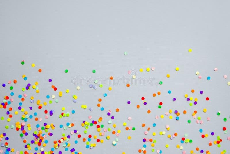 Vue faite de confettis colorés photographie stock libre de droits