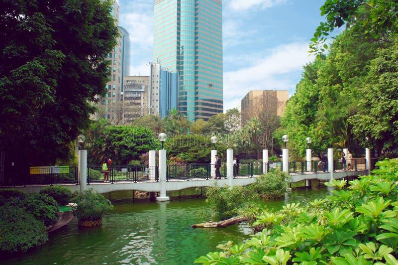Vue futuriste de Kowloon Hong Kong de parc photo stock