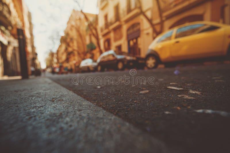 Vue grande-angulaire de route à Barcelone photo stock