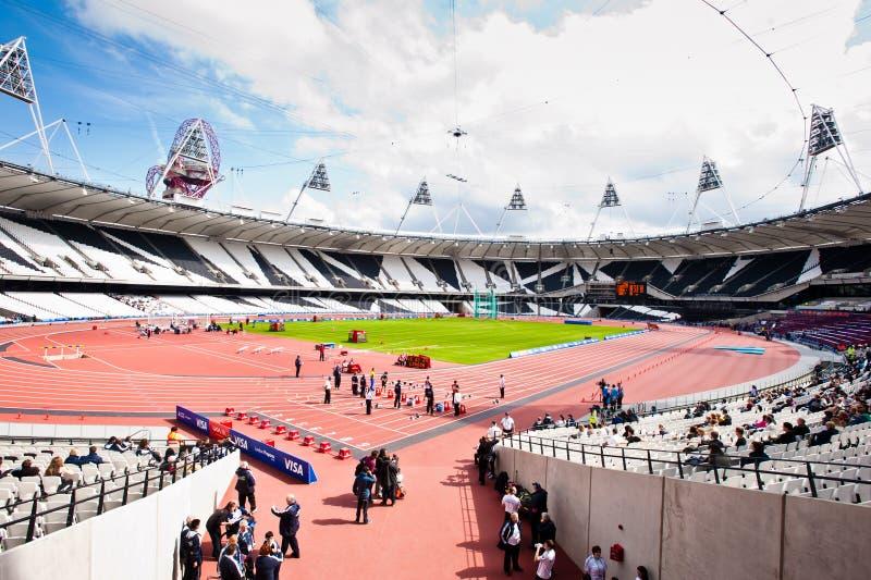 vue grande-angulaire du stade olympique de Londres image libre de droits