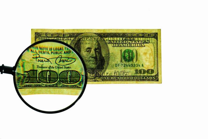 Vue haute étroite de loupe plus de cent billets d'un dollar banknote photo libre de droits
