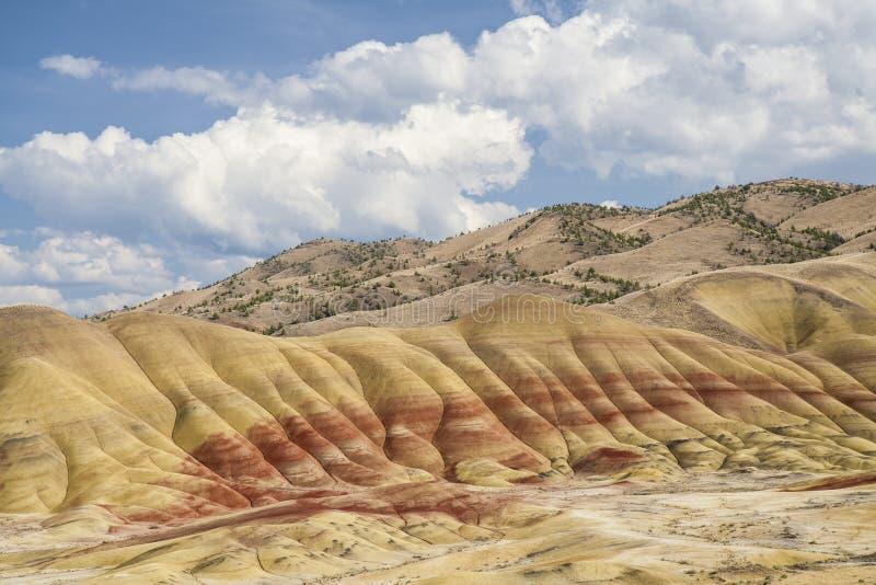 Vue haute étroite peinte de collines photo libre de droits