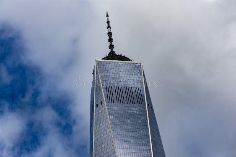 Vue haute inf?rieure de Freedom Tower de secteur financier dans le Lower Manhattan, New York, Etats-Unis photos libres de droits